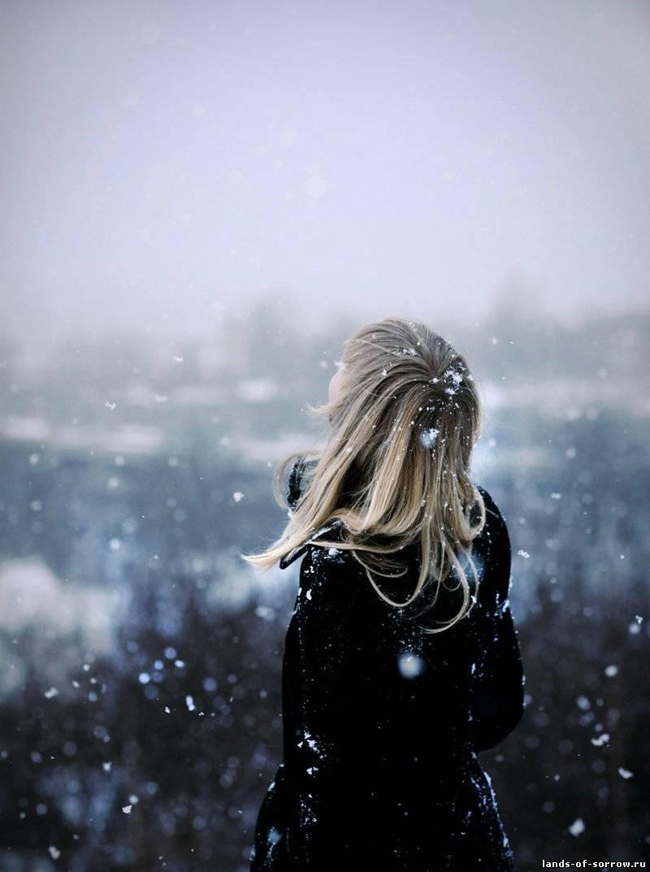 Фото девушек со спины на аватарку блондинка